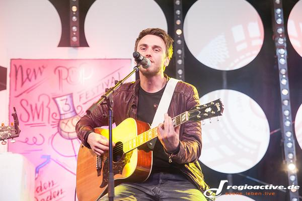Unplugged - Fotos: Clueso live beim SWR3 New Pop Festival 2014 in Baden-Baden